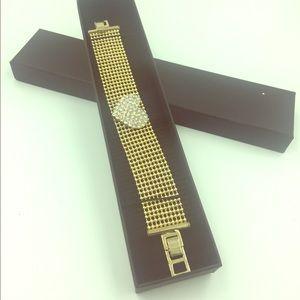 Charming Heart fashionable Bracelet